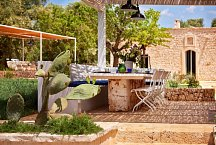 Ostuni Art Resort_Esstisch