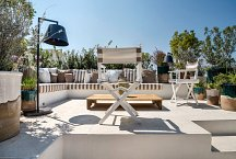 Il Moretto_rooftop lounge with sea view