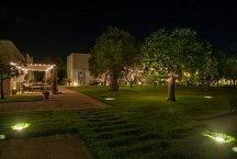 Masseria Montelauro_garden at night