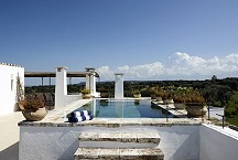 Masseria Petrarolo_rooftop with pool