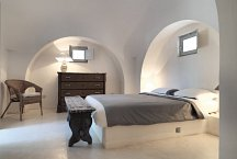Trulli Bianchemura_1 of 3 double bedrooms