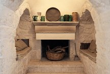 Trulli Bianchemura_dining room with fireplace alcove