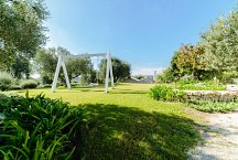 Trulli Matale_garden with swing and dependance