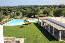 Masseria Petrarolo_Pool mit Poolhaus
