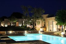 Ostuni Art Resort_at night