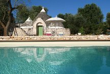 Trullo Elisa_with pool