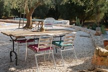 Trullo Elisa_outside dining
