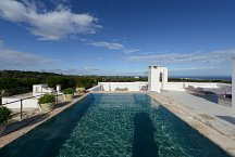 Masseria Petrarolo_roof top lounge with pool & sea view