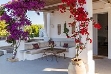 Masseria Marvicino_outside living room under veranda