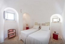1859 Trullo Grande_2 of 3 double bedrooms