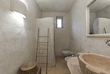 Trullo Termetrio_1 of 2 bathrooms